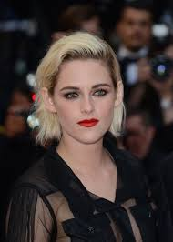 photos of short hair for someone in their sixes kristen stewart how to style the platinum bob sascha breuer