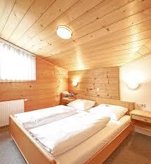 Schlafzimmer Helles Holz Bilder Appartementhaus Jakobshof Flachau Appartements