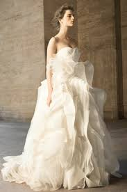 wedding dresses 2010 vera wang david s bridal wedding dresses 2010 04 20 10 00 22