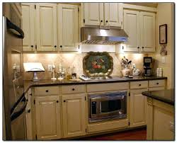 kitchen color ideas with cherry cabinets kitchen wall color ideas with cherry cabinets xamthoneplus us