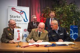Thw Baden Baden 10 Jahre Strategische Allianz Thw Und Juh