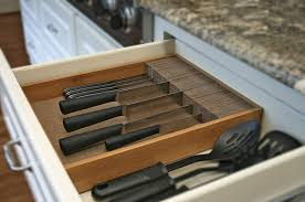 replacement kitchen cabinet doors and drawers cork deluxe knifedock in drawer kitchen knife storage 15 in x 13 in x 2 5 in easily identify your knives at a glance frees up your counter space