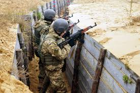 Clear Maps History Yavoriv Ukraine U2014ukrainian Soldiers Clear A Trench During A Live