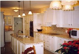 Traditional Kitchen Backsplash Ideas - what color backsplash with white cabinets ideas kitchen