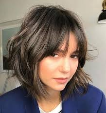 how to grow out layered women s hair into bob best 25 growing out fringe ideas on pinterest growing out bangs