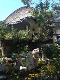 Hobbit Home Interior by The Hobbit Houses California Curiosities