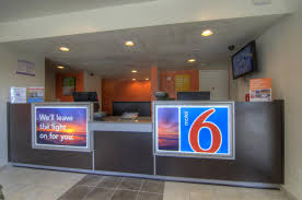 Motel 6 We Ll Leave The Light On For You Motel 6 Winter Park Fl Orlando Fl Booking Com