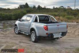 mitsubishi pickup 2013 2013 mitsubishi triton glx r review performancedrive