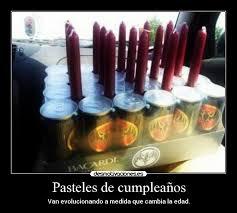 imagenes de cumpleaños graciosas para hombres borrachos pasteles de cumpleaños desmotivaciones
