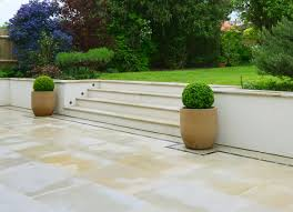 Patio Retaining Wall Pictures Garden Walls And Patios Home Outdoor Decoration