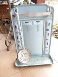 porte ustensile cuisine ancien porte ustensile de cuisine en tôle émaillé deco c7