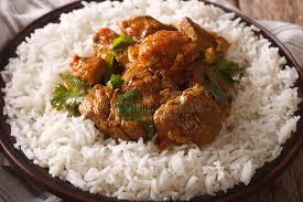 cuisine indienne riz cuisine indienne boeuf madras avec le plan rapproché de riz