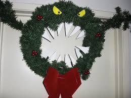 christmas wreaths 11 pop culture christmas wreaths mental floss