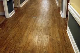 choosing laminate wood flooring over hardwood flooring oklahoma