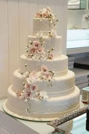 buttercream wedding cake cakes pinterest buttercream