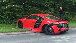 laferrari crash audi r8 crash caught on camera supercartorque