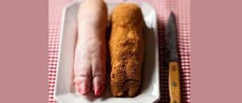 cuisiner pied de cochon la gloire du pied de porc le point
