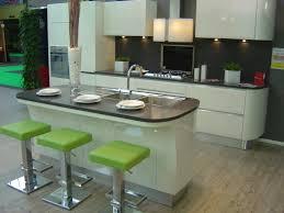 cuisine chez but modele plan de travail cuisine but idée de modèle de cuisine