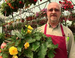 chesters flowers utica businessman urging residents to shop locally for flowers
