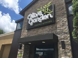 young diners fueling olive garden comeback the gazette