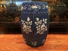 antiques gifts antique chinese blue and white glazed porcelain