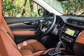 nissan platinum 2017 2017 nissan rogue first look review motor trend canada
