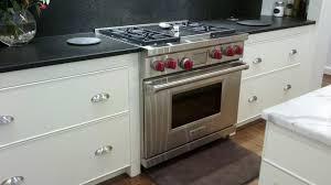 cuisine centrale le mans cuisine cuisine design bois fonctionnalies tropical style cuisine