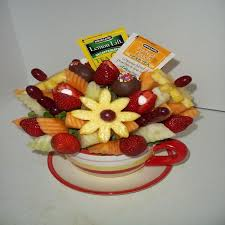 edible fruit fruit edible arrangements fruit bouquets flowers
