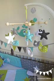 chambre mobile mobile éveil bébé baleine anis turquoise gris blanc étoiles
