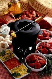 cuisiner viande à fondue fondue 5 recettes de fondues pour varier les plaisirs