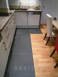 cuisine carrelage parquet cuisine carrelage parquet sol de cuisine le parquet plus