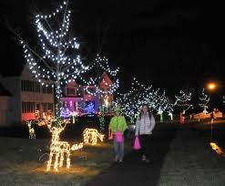 norton street u0027s christmas display takes on pink hue to honor