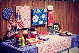it s independence day easy july 4th diys 5 vintage tablescape