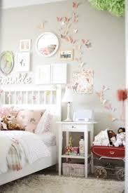 Schlafzimmer Deko Pink Schmetterlinge Fotos Spiegel Sind Unter Den Beliebtesten Motive