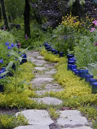 backyard pathways 41