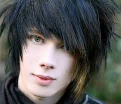 ideas about latest emo hairstyles shoulder length hairstyles