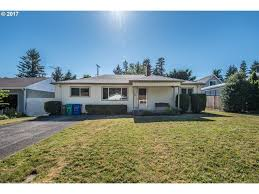 735 se 113th ave portland or 97216 mls 17255334 redfin