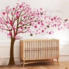 autocollant chambre fille chambre d enfant grand arbre en fleur de cerisier avec prénom