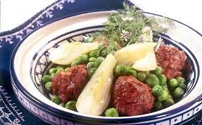 comment cuisiner les petits pois boulettes de boeuf aux petits pois et fenouil recette de boulettes