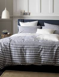 Best 25 Farmhouse Bed Ideas by Navy Striped Bedding