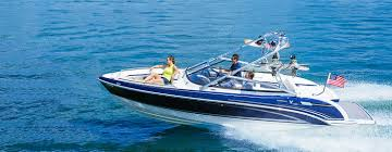 custom sport boat cruiser u0026 yacht maufacturer formula boats boat sales naples florida formula new and used preowned boats
