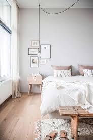 Bed Frame Legs For Hardwood Floors Best 25 Bed Bench Ideas On Pinterest Simple Bedroom Decor Tiny