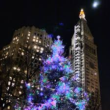 when is the christmas tree lighting in nyc 2017 10 nyc christmas trees and holiday lights that are not at