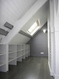 bureau sous pente bureau combles avec on decoration d interieur moderne sous comble