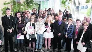 nationalit fran aise mariage tarbes remise de 17 décrets de naturalisation 15 04 2014