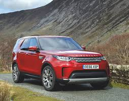 land ro on the road land rover discovery in depth road test review