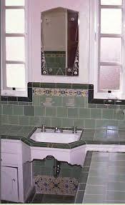 Images Of Vintage Bathrooms 380 Best 1940s 1950s Homes Images On Pinterest Vintage Kitchen
