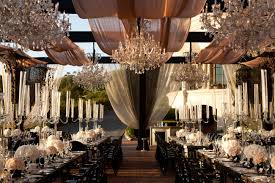 modern wedding decoration ideas for reception with beach wedding