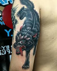 best 25 wolf tattoo traditional ideas on pinterest chest tattoo