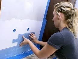 Glass Tile Backsplash Diy by Glass Tile Backsplash Video Diy
